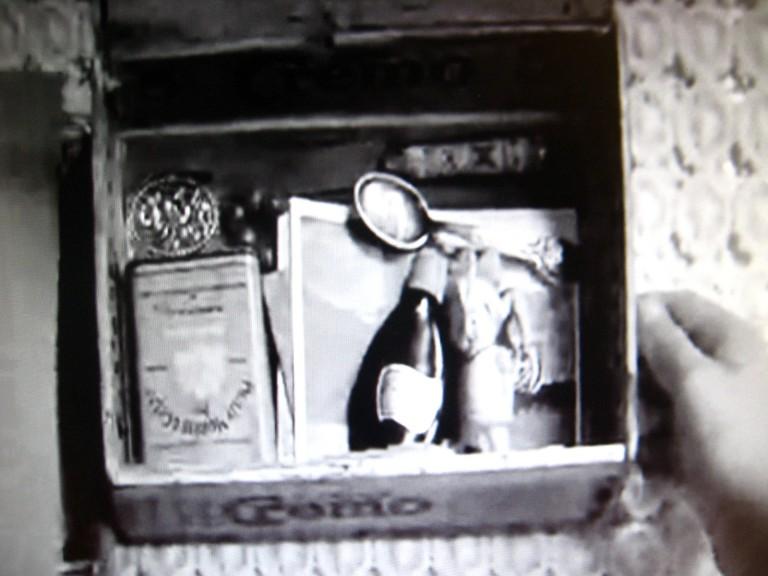addies treasures inside the box