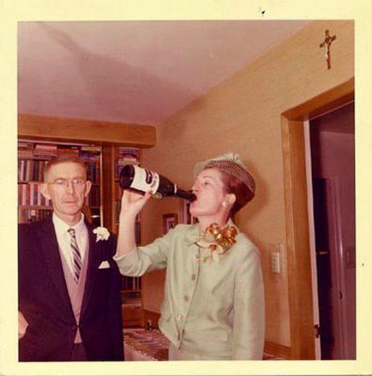 vintage-champagne-guzzling