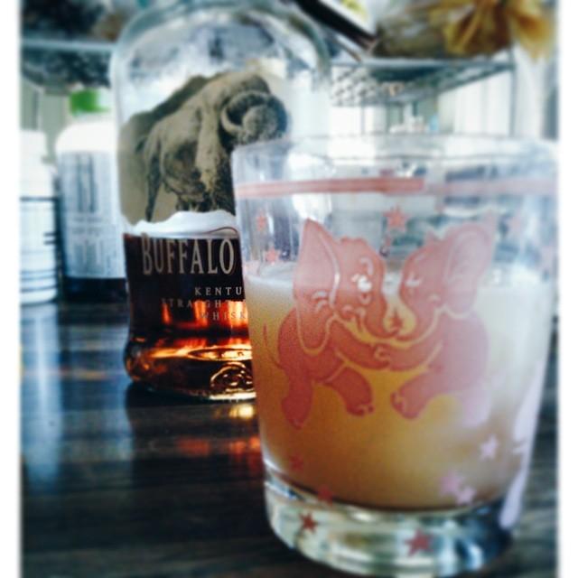 peach-bourbon-cocktail